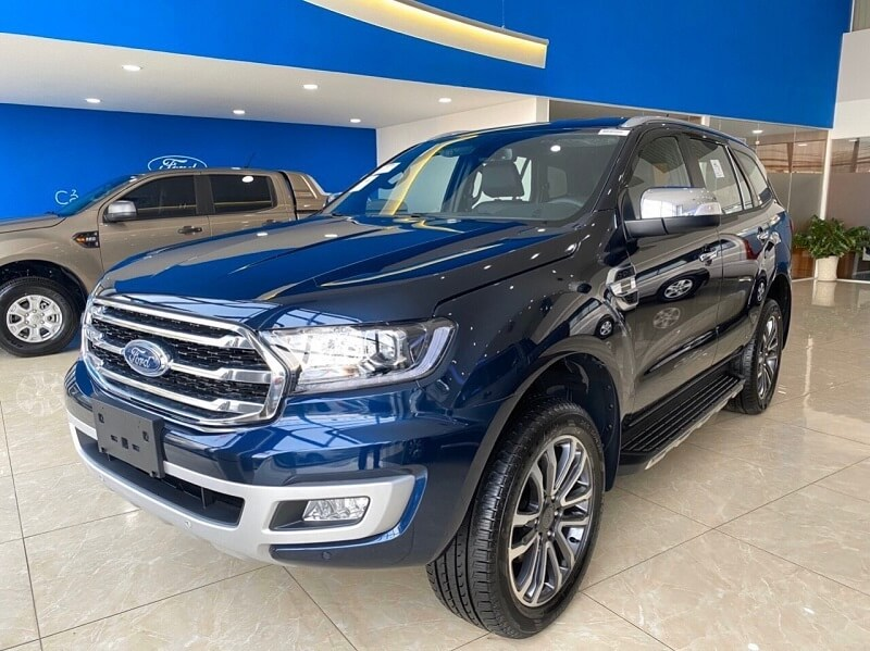 gia-xe-ford-everest-2020